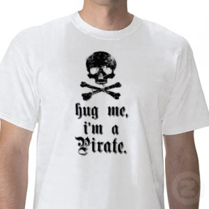 hug_me_im_a_pirate_tshirt-p235009253185960284q6vb_400